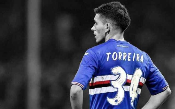 lowest price 4ffed fb859 Lucas Torreira set to cost Arsenal nothing | She Wore A ...